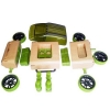 اتومبیل چوبی سبز